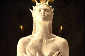 1Snow-White-and-the-Huntsman